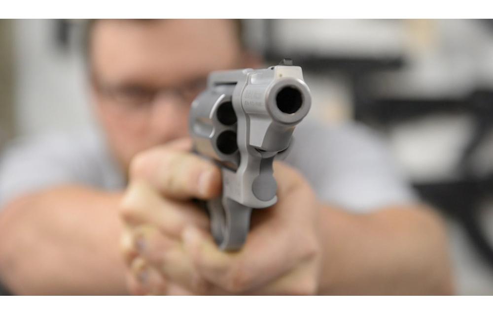7 «cтимулюючих стусанів» влaсникам вогнепальної зброї